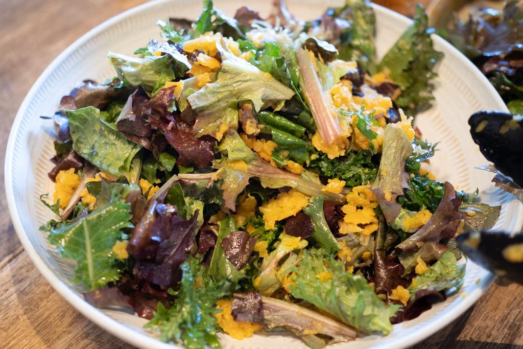 ケールとレタスのサラダ